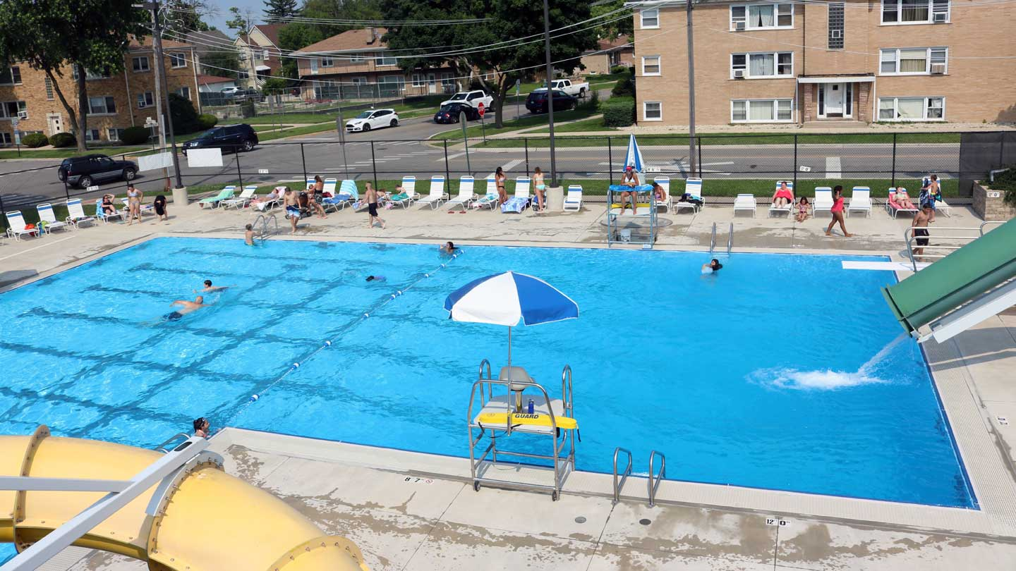 Photo gallery park district of franklin park for Pacific pools